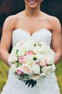 GORGEOUS garden rose bouquet by Distinctive Designs Florist. Simply By Tamara Nicole: Seattle Weddings: {Cassie & Matt's Hollywood Schoolhouse Wedding by Persimmon Images}