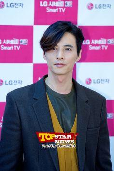 원빈(Won Bin), '어쩜 그렇게 잘 생기셨는지' … LG 베스트샵 강남본점 오픈 기념 팬 사인회 현장 [KSTAR PHOTO]