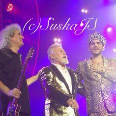 「Queen + Adam Lambert in Prague last Tuesday pic nro44 #qal #queen #brianmay #rogertaylor #adamlambert」by suskajs instagram.com/p/zTEoQtAoDK/