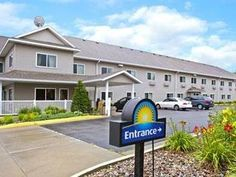 Ames (IA) Days Inn Ames United States, North America Stop at Days Inn Ames to discover the wonders of Ames (IA). The hotel has everything you need for a comfortable stay. Facilities like free Wi-Fi in all rooms, 24-hour front desk, facilities for disabled guests, car park, business center are readily available for you to enjoy. All rooms are designed and decorated to make guests feel right at home, and some rooms come with air conditioning, heating, desk, alarm clock, telephon...