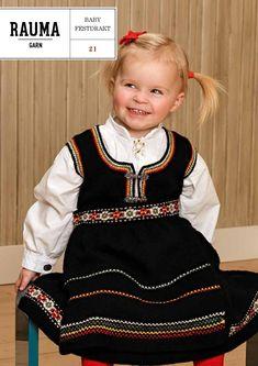 ISSUU - Rauma Baby Festdrakter 21 by Rauma Ullvarefabrikk Baby Girl Dresses, Flower Girl Dresses, Baby Barn, Baby Knitting, Kids Toys, Knit Crochet, Kids Outfits, Kids Fashion, 21st