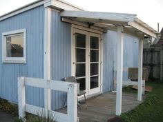 Shed, England, Real Estate, Outdoor Structures, Flooring, Studio, Street, Simple, Backyard Sheds