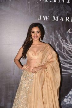 Manushi Chhillar Ethnic Fashion, Modern Fashion, Indian Fashion, Miss India, Miss World, Saree Wedding, Lehenga Choli, Indian Outfits