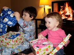 Lifestyles Of The Stay-at-Home Mom: Christmas Traditions for Kidlets