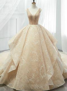 Jan 2019 - Silhouette:ball gown Hemline:floor length Neckline:v-neck Fabric:tulle Shown Color:champagne Sleeve Style:sleeveless Back Style:zipper up Embellishment:beading Quince Dresses, Ball Dresses, Bridal Dresses, Ball Gowns, Prom Dresses, Bridal Gown, Elegant Dresses, Pretty Dresses, Beautiful Dresses
