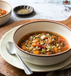 A very good soup which combines some lesser known ingredients barley. D swiss chard. Ich are tasty. Ch in nutrients. D rather inexpensive. Soup Recipes, Chicken Recipes, Cooking Recipes, Recipies, Healthy Soup, Healthy Recipes, Healthy Eating, Vegetarian Lentil Soup, Pho