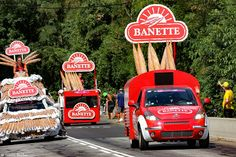 https://flic.kr/p/wDAPjK | Caravane Banette -TDF 2015 | Montée vers la Toussuire.  Tour de France 2015 Etape 19 (Saint-Jean-de-Maurienne / La Toussuire - Les Sybelles) - Savoie, Rhône-Alpes, France.  (07/2015) © Quentin Douchet.