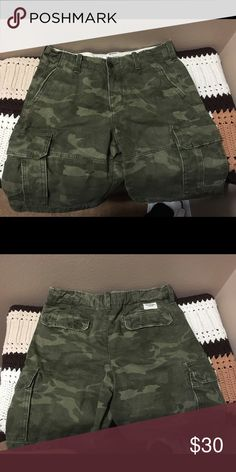 Abercrombie and Fitch Cargo Shorts Mint condition cargo camouflage shorts feel great and roomy. Abercrombie & Fitch Shorts Cargo