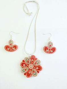 Paper Quilled Handmade pendant and earrings Jewellery by PaperPeru