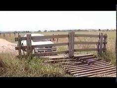 Brama na pilota http://www.smiesznefilmy.net/samochodowe #motoryzacja #smiesznefilmy #cars #funmovie
