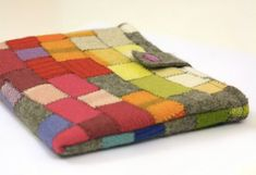 How to Recycle Sweaters! 27 ideas for easy DIYs :-)