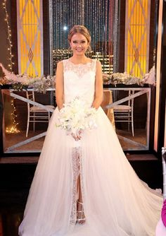'The Young And The Restless' News: Melissa Ordway Discusses Abby Newman's Wedding Dress, Marrying Stitch