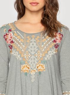 Aralyn Trapeze Tee Voltage