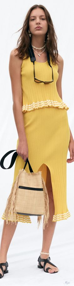 Yellow Fashion, Derek Lam, Casual Street Style, Mellow Yellow, Fashion Labels, Daily Wear, Fashion Outfits, Womens Fashion, Fashion Addict