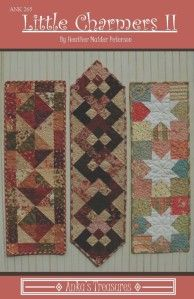 Table Runner And Placemats, Table Runner Pattern, Quilted Table Runners, Small Quilts, Mini Quilts, Easy Quilts, Charm Pack Patterns, Little Charmers, Charm Quilt