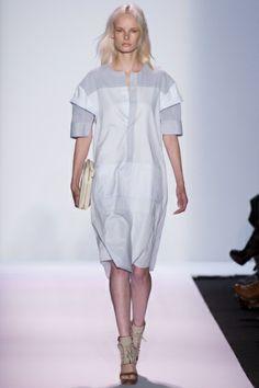 Sfilata BCBG Max Azria New York - Collezioni Primavera Estate 2014 - Vogue