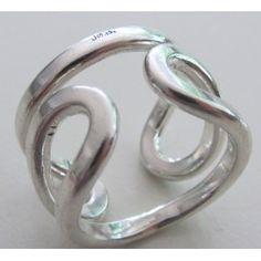 Anna Greta Eker PLUS Workshop Norway: Sterling silver loop ring!
