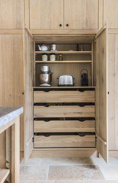 Color idea for stain inside cabinets Home Decor Kitchen, Interior Design Kitchen, Bathroom Interior, Home Kitchens, Kitchen Pantry, Kitchen Storage, Kitchen Cabinets, Inside Cabinets, House Inside