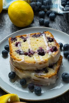 Moist and tender lemon bread just stuffed with juicy blueberries and smothered in a lemon icing that is so easy to make! Lemon Bread, Lemon Loaf, Best Dessert Recipes, Fun Desserts, Lemon Blueberry Loaf, Lemon Icing, Lemon Recipes, Bread Recipes, Blue Berry Muffins