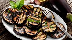 Vegetarian Barbecue Recipes For the Grill Vegetarian Barbecue, Barbecue Recipes, Grilling Recipes, Steak Recipes, Chicken Recipes, Cooking Recipes, Low Carb Chicken Salad, Grilled Chicken, Garlic