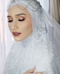 Muslim Wedding Gown, Muslimah Wedding Dress, Muslim Wedding Dresses, Wedding Gowns, Hijab Bride, Glamorous Wedding, Dream Wedding, Wedding Hijab Styles, Braut Make-up