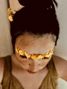 Antonio Mora, Eyebrows, Artwork, Flowers, Brows, Work Of Art, Eye Brows, Royal Icing Flowers, Floral