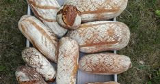 Kdo sleduje můj instagram tak ví, že mezi moje další vášně kromě šití háčkování, tvoření patří také pečení chleba Chleba kváskového,... Bread, Instagram, Food, Brot, Essen, Baking, Meals, Breads, Buns
