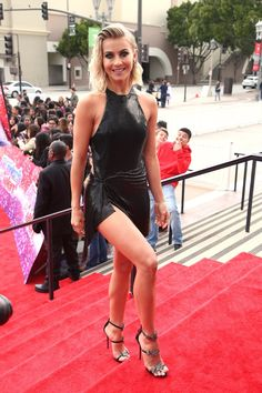 Share, rate and discuss pictures of Julianne Hough's feet on wikiFeet - the most comprehensive celebrity feet database to ever have existed. Women With Beautiful Legs, Lovely Legs, Julianne Hough Feet, Julianna Hough, Tight Blue Dress, Black Dancers, Sexy Legs, Mannequin, Sexy Dresses