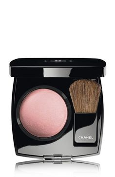 powder blush in innocence / chanel