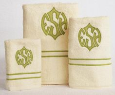 LOVE! Appliqué Monogrammed Bath Towels.  www.bellalino.com