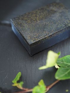 Home made black soap / käsintehty musta saippua