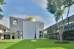Chapel of Saint Basil, University of St. Thomas, Houston. Image by Ed Uthman, Fckr.com
