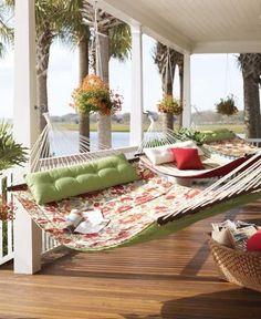 a trio of hammocks..how lovely