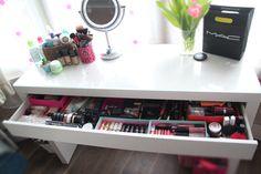 BurningBlonde // UK Beauty Fashion Blog: BEAUTY: my dressing table, make-up storage