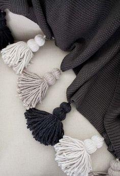 tassel blanket  http://www.designsponge.com/2014/11/diy-chunky-tassel-blanket.html
