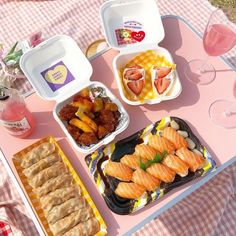 Picnic Desserts, Picnic Snacks, Picnic Foods, Picnic Ideas, Cute Food, Good Food, Yummy Food, Comida Picnic, Picnic Decorations