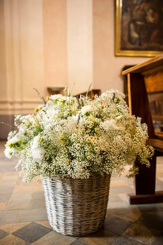 Fantastic baby's breath arrangement.