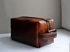 Купить Сумка мужская кожаная . Дорожная сумка - несессер.. - сумка мужская кожаная, сумка Leather Gloves, Leather Bag, How To Make Leather, Cosmetic Pouch, Wash Bags, Cosmetics, Wallet, Sewing, Inspiration