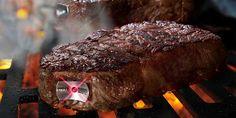 La sonde de cuisson sans fil Steak Champ est un thermomètre à viande doté de témoins lumineux tricolores indiquant la température à cœur.