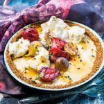Get Jamie's Huevos Rancheros Recipe from Food Network Huevos Rancheros, Mexican Food Recipes, Healthy Recipes, Ethnic Recipes, Herb Recipes, Lemon Meringue Tart, Huevos Fritos, Egg Dish, Vegan Thanksgiving
