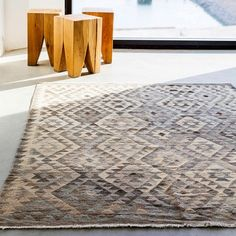 The KELIM collection has been traditionally handwoven in in high quality Afghan wool. Each rug is unique, and the combination of traditional weaving methods and patte. Unique Rugs, Modern Rugs, Large Sheepskin Rug, Bamboo Rug, Rya Rug, Home Goods Decor, Patchwork Rugs, Cow Hide Rug, Natural Rug