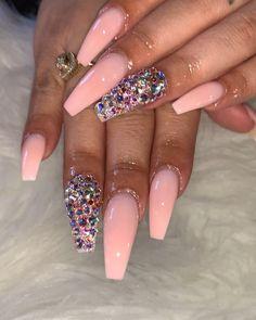 Semi-permanent varnish, false nails, patches: which manicure to choose? - My Nails Perfect Nails, Gorgeous Nails, Pretty Nails, Amazing Nails, Glam Nails, Dope Nails, Pink Bling Nails, Nail Swag, Hair And Nails