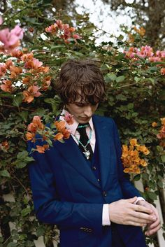 Featuring three flap pockets and a wide lapel, the new Mitford formal jacket from Gucci Spring Summer 2018 appears in the April issue of Icon Panorama. Photography by: Annelise Phillips Styling by: Chiara Spennato