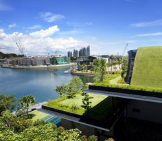 Green architecture house in Singapore: Sky Garden House