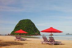 Paket Wisata Banyuwangi 2 Hari 1 Malam Valuable Tour - A - paket wisata banyuwangi, paket tour banyuwangi Exotic Beaches, Pink Beach, Green Bay, Beautiful Beaches, Sun Lounger, Bali, Places To Visit, Around The Worlds, Tours
