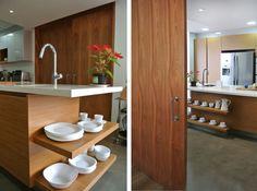Bahan kayu yang serba cocok dipadukan dengan gaya rumah apap…