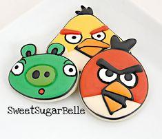 Tartas, Galletas Decoradas y Cupcakes: Paso a Paso Angry Birds. Galletas, Modelado y Tartas  http://tartasygalletasdecris.blogspot.com.es/2013/01/paso-paso-angry-birds-galletas-modelado.html
