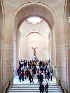 Musee de louvre, Paris, France Must go here