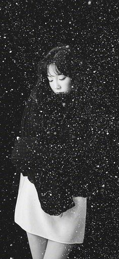ho98-snow-girl-snsd-taeyeon-black-bw-kpop via http://iPhoneXpapers.com - Wallpapers for iPhone X