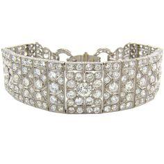 Art Deco platinum & diamond handmade bracelet, circa 1935. 25 cts of diamonds.